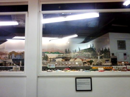 g railroad display